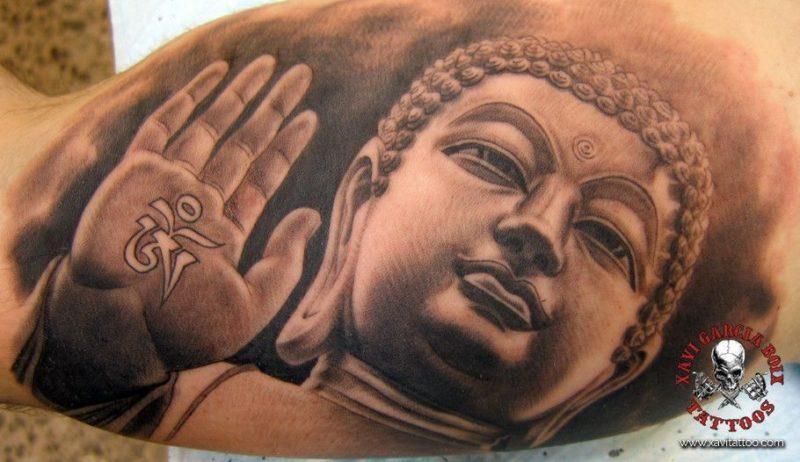 xavi garcia boix tattoo retrato realismo portrait realism tatuaje valencia diversos random Buddha sculpture escultura