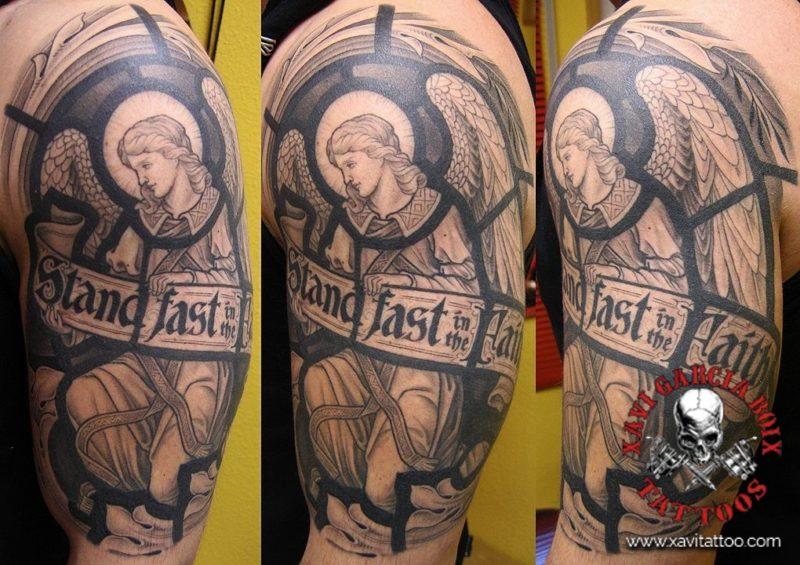 xavi garcia boix tattoo retrato realismo portrait realism tatuaje valencia diversos random angel vidriera