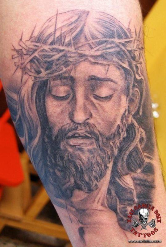 xavi garcia boix tattoo retrato realismo portrait realism tatuaje valencia diversos random jesucristo jesus cristo christ cristianismo christianism