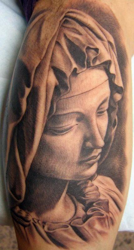 xavi garcia boix tattoo retrato realismo portrait realism tatuaje valencia diversos random pieta sculpture escultura