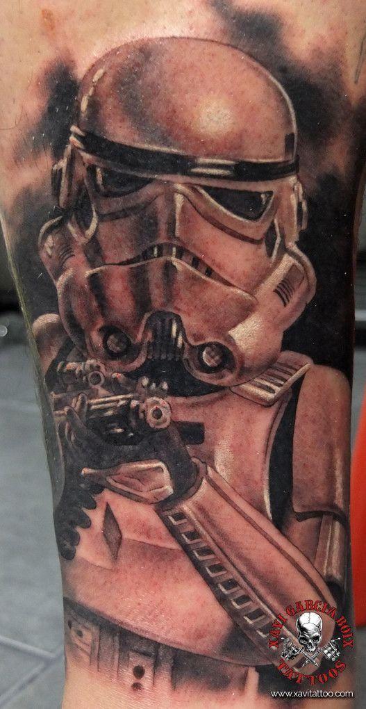 xavi garcia boix tattoo retrato realismo portrait realism tatuaje valencia diversos random stormtrooper star wars mandalorian disney