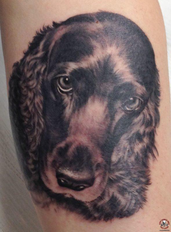 xavi garcia boix tattoo retrato realismo portrait realism tatuaje valencia familia family tatuajes milu