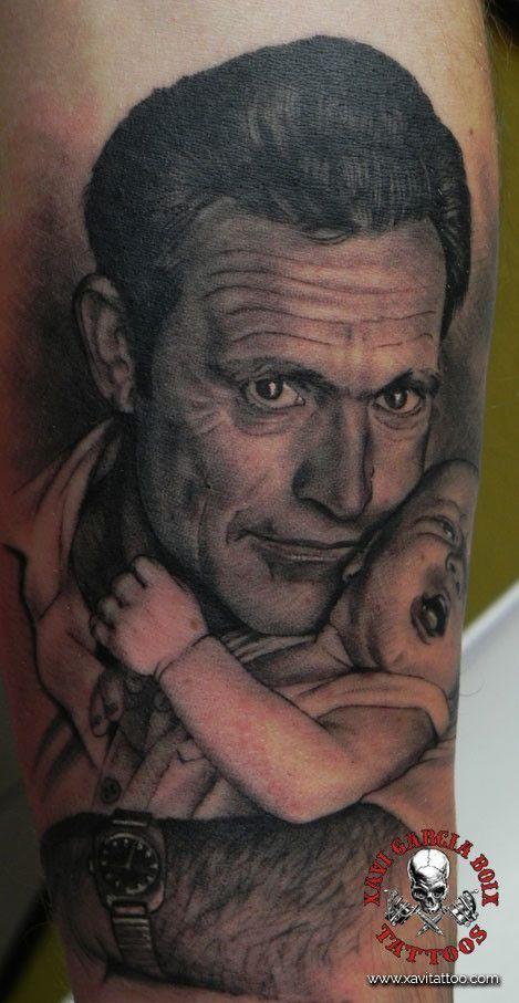 xavi garcia boix tattoo retrato realismo portrait realism tatuaje valencia familia family tatuajes padre rafa