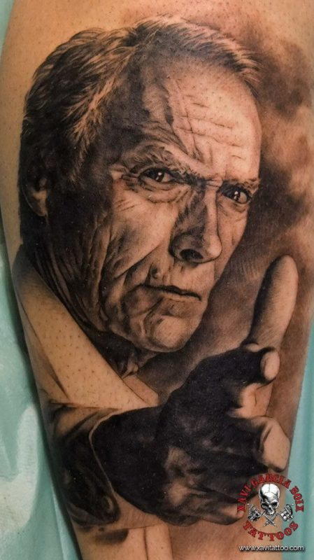 xavi garcia boix tattoo retrato realismo portrait realism tatuaje valencia tatuajes personajes famosos famous characters Torino CLint Eastwood-01