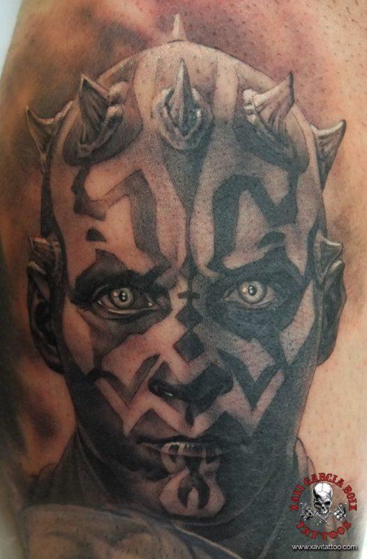 xavi garcia boix tattoo retrato realismo portrait realism tatuaje valencia tatuajes personajes famosos famous characters darth maul star wars mandalorian disney