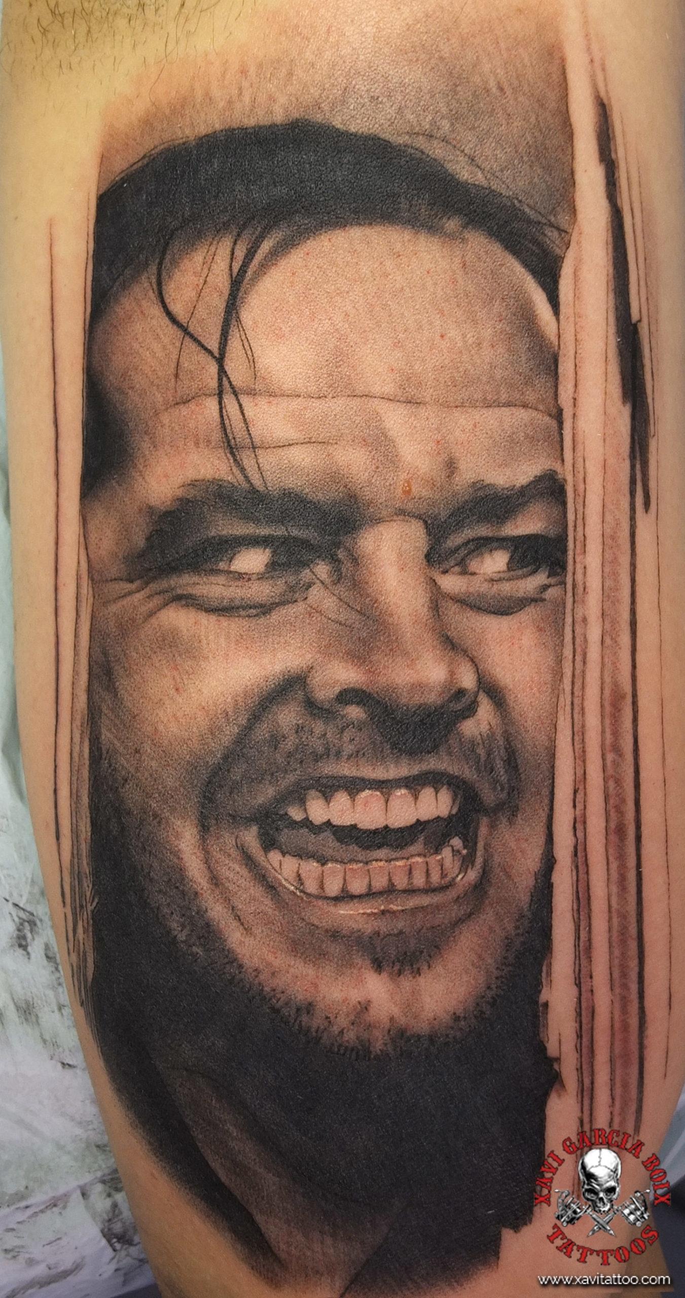 xavi garcia boix tattoo retrato realismo portrait realism tatuaje valencia tatuajes personajes famosos famous characters el resplandor jack nicholson