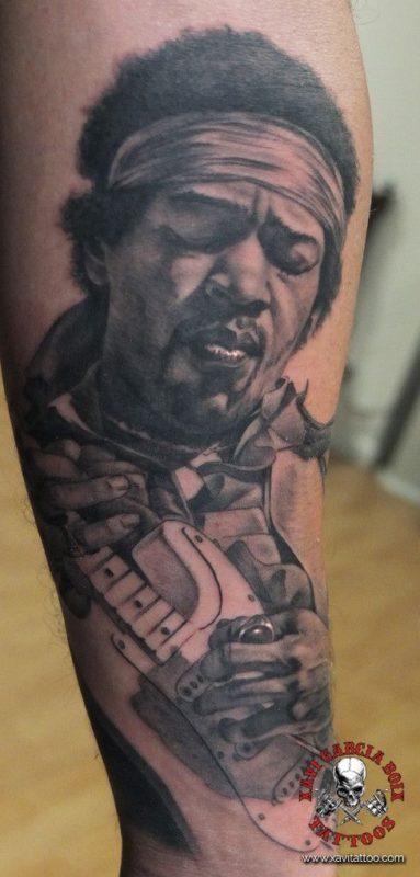 xavi garcia boix tattoo retrato realismo portrait realism tatuaje valencia tatuajes personajes famosos famous characters jimmy hendrix 01