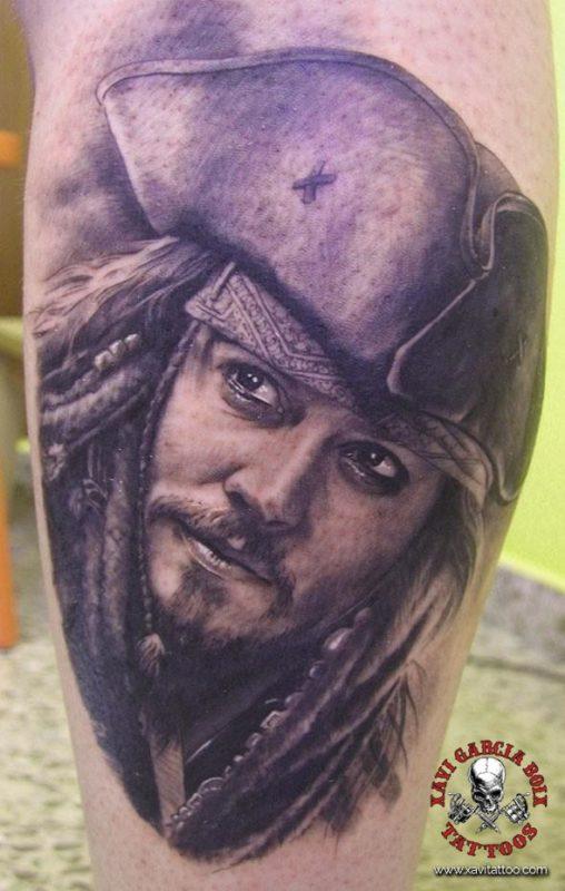 xavi garcia boix tattoo retrato realismo portrait realism tatuaje valencia tatuajes personajes famosos famous characters piratas caribe JOHNNY-DEPP-01