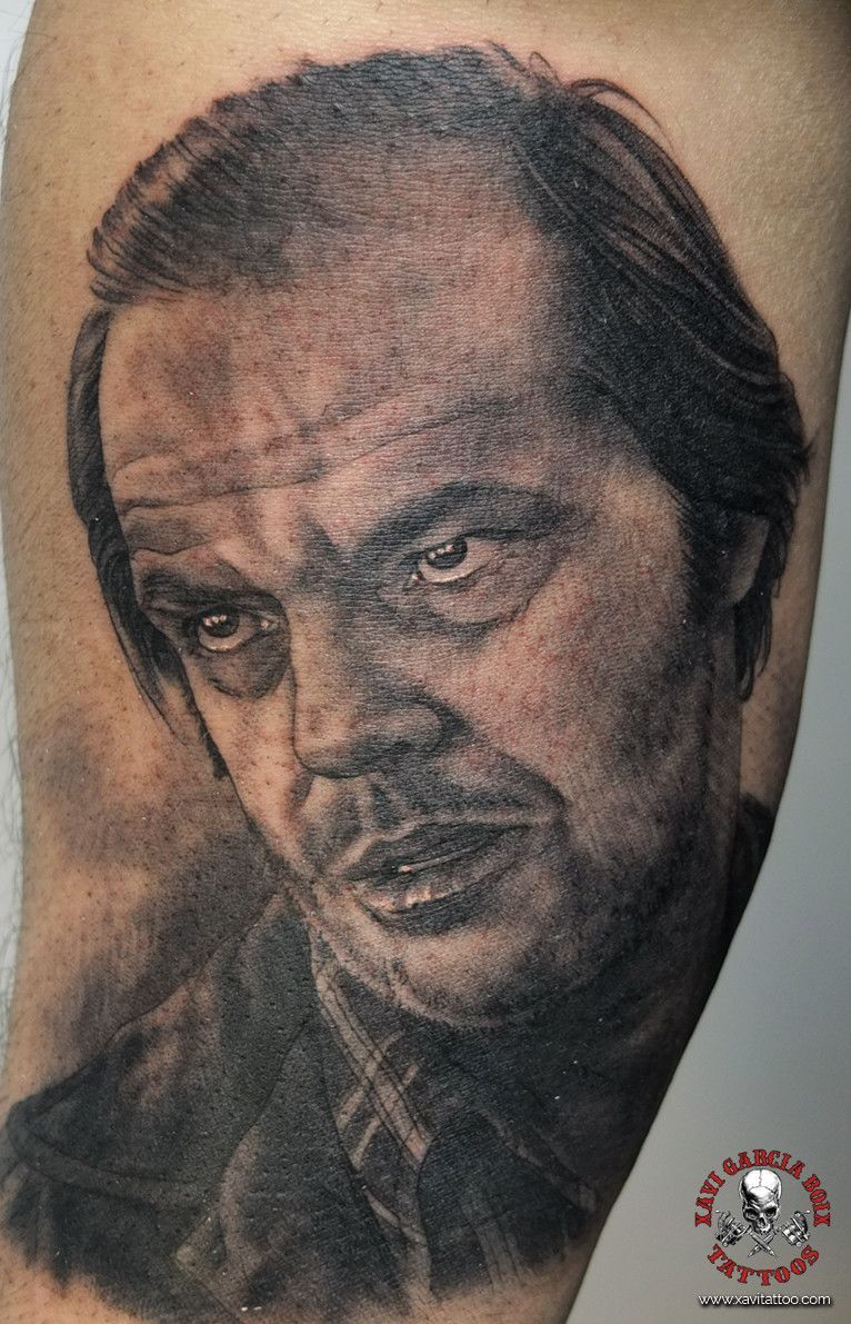 xavi garcia boix tattoo retrato realismo portrait realism tatuaje valencia tatuajes personajes famosos famous characters resplandor jack nicholson